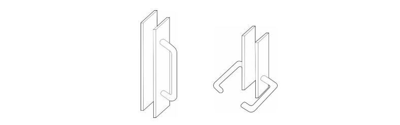 Gambar di kiri adalah pegangan pintu dengan tipe dorong atau tarik, dan gambar di kanan adalah pintu tipe tuas dengan ujung tuas melengkung ke dalam